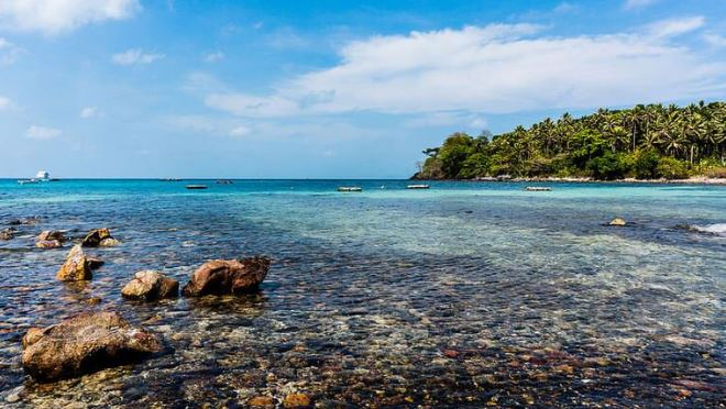 Discover the wild character of Ngu Beach – Nam Du Island